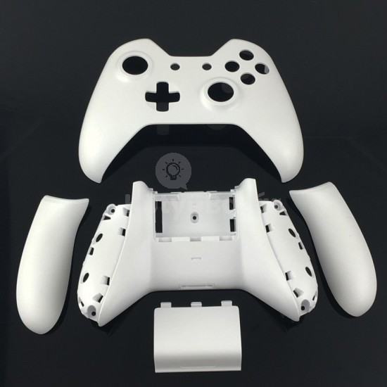 Egyedi Fehér body kit XBOX ONE controllerhez