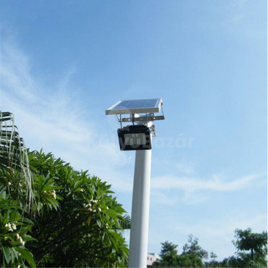 Hasta nagy teljesítményű napelemes kültéri reflektor