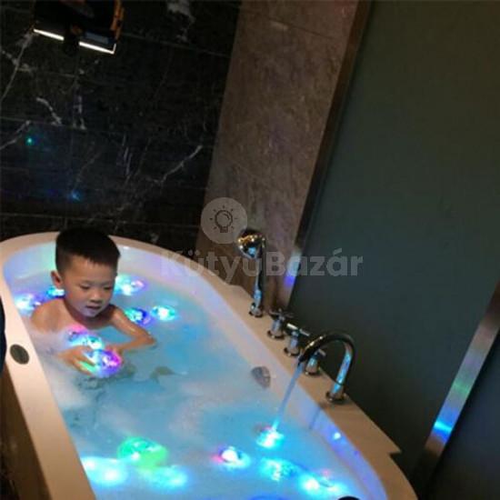 Mókás fürdőkád világítás