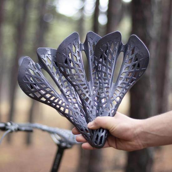 Karbon kerékpár nyereg