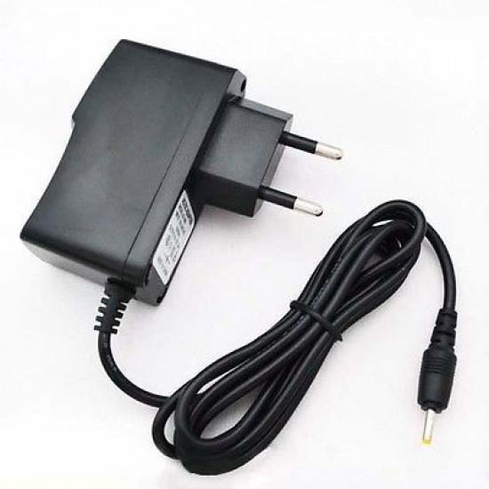 Tablet hálózati töltő AC adapter 2,5mm