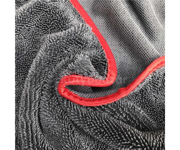 Kétoldalú, mikroszálas törlőkendő