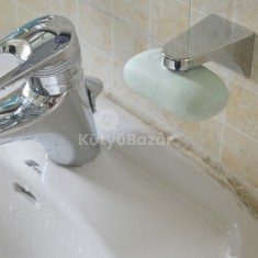 Falra rögzíthető mágneses szappan tartó