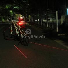 Lézeres kerékpár hátsó lámpa indexxel