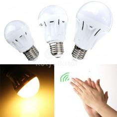 Tapsolásra kapcsoló LED izzó 9W