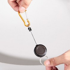 Kihúzható kapocs kulcstartóval