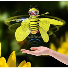 Zümi - a repülő méhecske