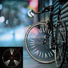 12 db-os bicikliküllőre tapadó fényvisszaverő szett