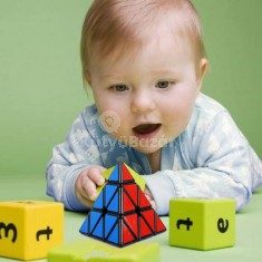 Rubik kocka piramis