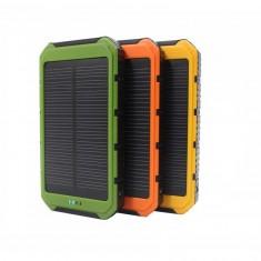 18000 mAh-s vízálló napelemes töltő