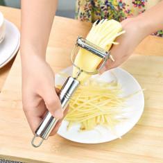 Multifunkcionális konyhai szeletelő/hámozó