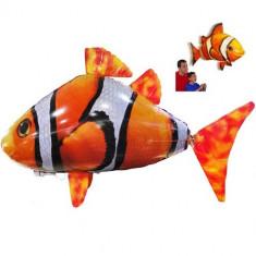 Távirányítós levegőben úszó halacska
