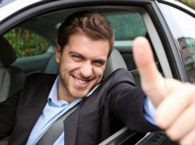 Kihangosítanád a mobilodat az autóban? Így a legegyszerűbb!