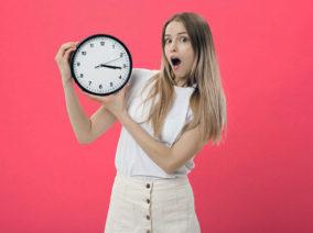 Elkéstél? Nyugodtan fogd az órádra!