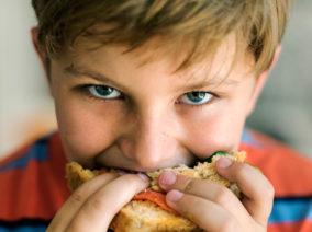 A mosolygó szendvicset mindenki szereti és megeszi!